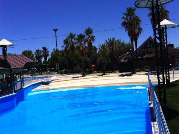 Parque acu tico playa park ciudad real for Piscina de olas