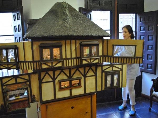 Museo casa de mu ecas m laga - Casa de munecas teatro ...
