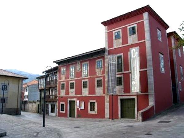 Ruta del cam n encant u en llanes asturias for Oficina turismo llanes
