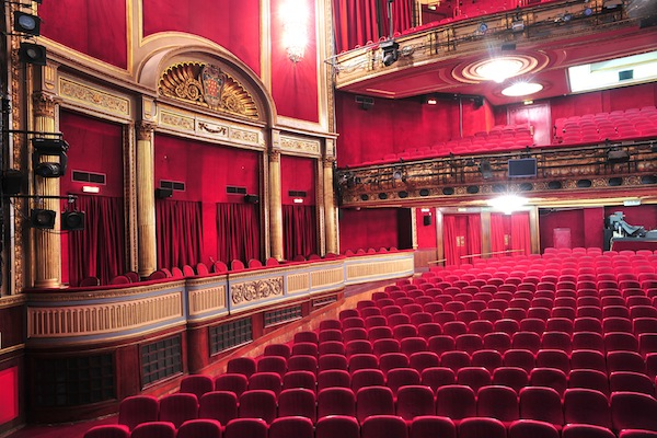 Teatro maravillas madrid for Sala maravillas