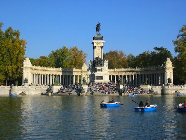 Parque del retiro madrid for Parque del retiro barcas