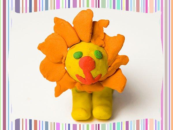 León de plastilina. Manualidad para niños