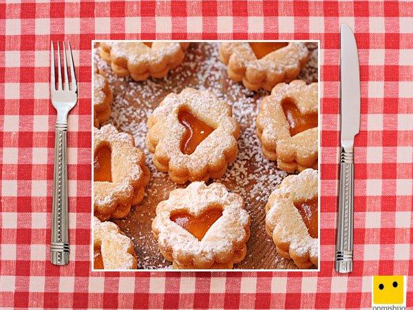 Recetas dulces para niños. Galletas corazón con centro de cristal
