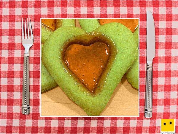 Recetas dulces para niños. Galletas cristalizadas de corazón