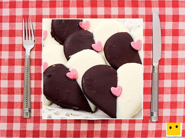 Recetas dulces. Galletas de corazón en dos colores