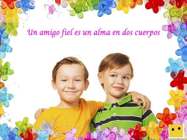 Amigos Abrazados Frases De Amor Para Ninos