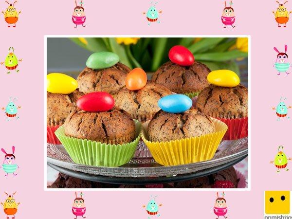 Decoración de muffins de Pascua. Peladillas de colores