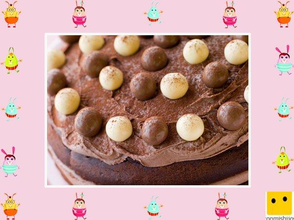Decoración De Tartas De Pascua Pastel De Chocolate Con Huevos