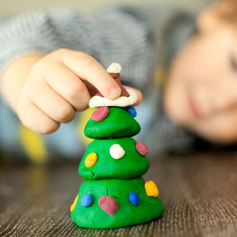 Árbol de Navidad de plastilina