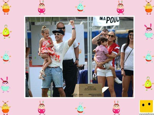 La cantante Jennifer López juega con sus dos hijos mellizos
