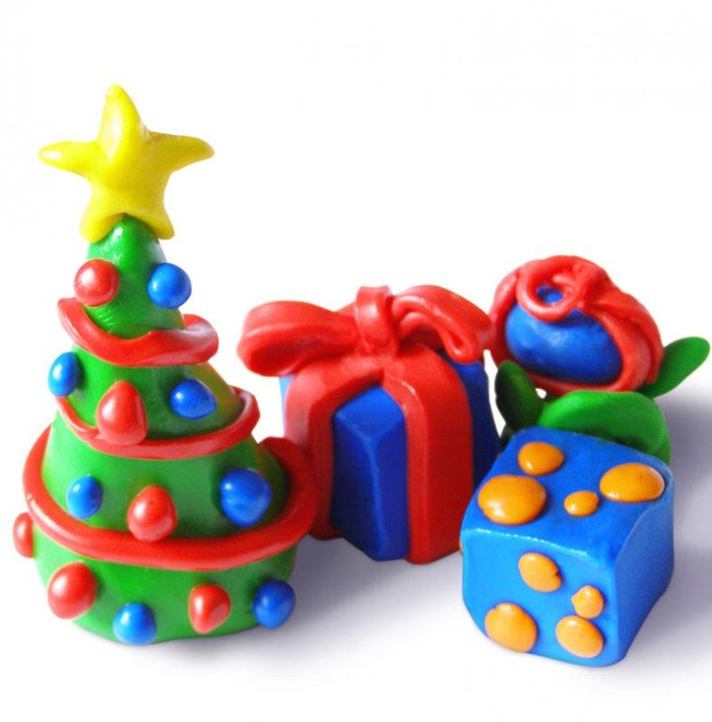 Árbol y regalos de Navidad de plastilina
