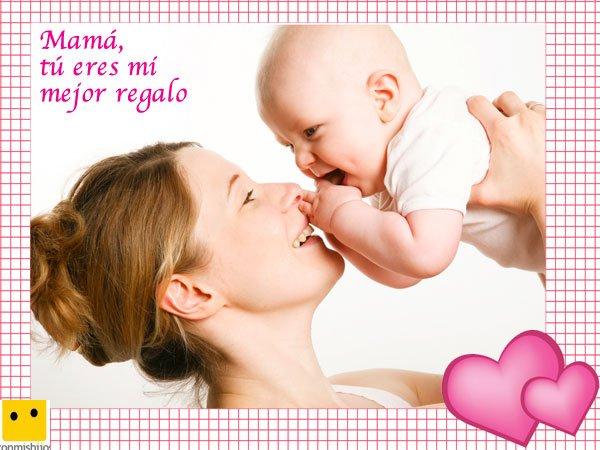 Mamá con su bebé. Postales del Día de la Madre