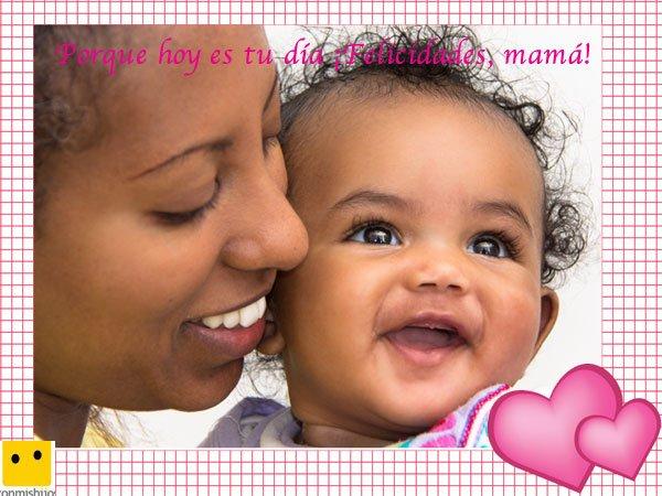 Postales del Día de la Madre. Bebé y su mamá sonriendo