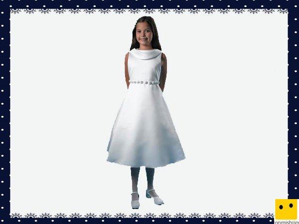 Modelo corto de raso. Vestidos Primera Comunión niñas