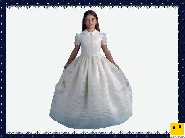 Modelo clásico. Vestidos Primera Comunión niñas