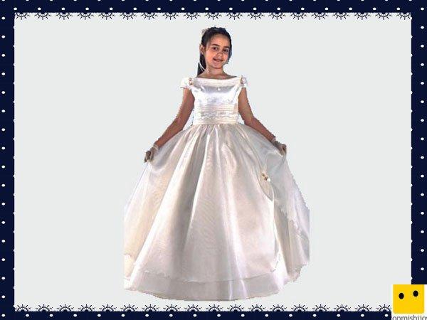 Modelo clásico de raso. Vestidos Primera Comunión niñas