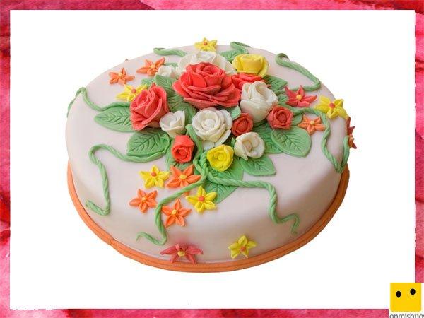 Tartas Para La Primera Comunion De Los Ninos Pastel Decorado Con Flores - Como-decorar-una-tarta-de-cumpleaos-para-nios