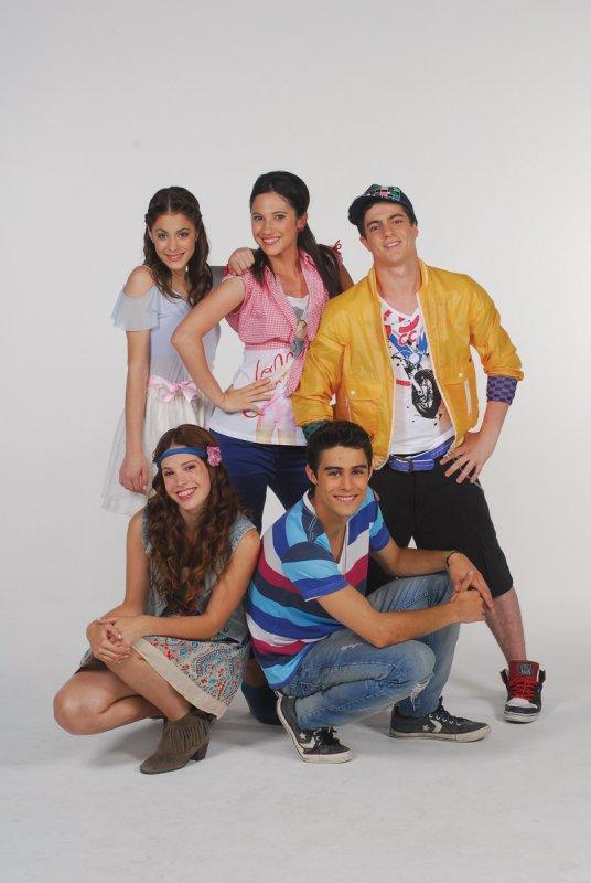 Violetta y sus amigos en la serie de Disney Channel