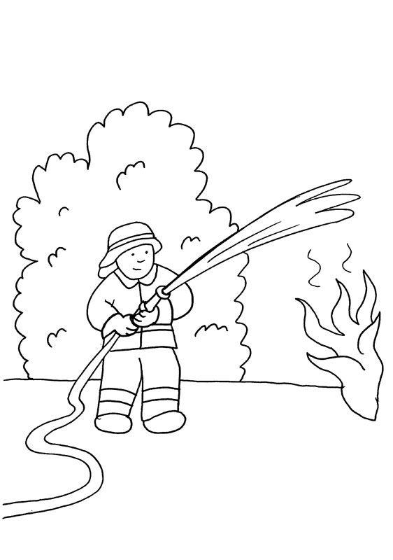 Bombero echando agua: dibujo para colorear e imprimir