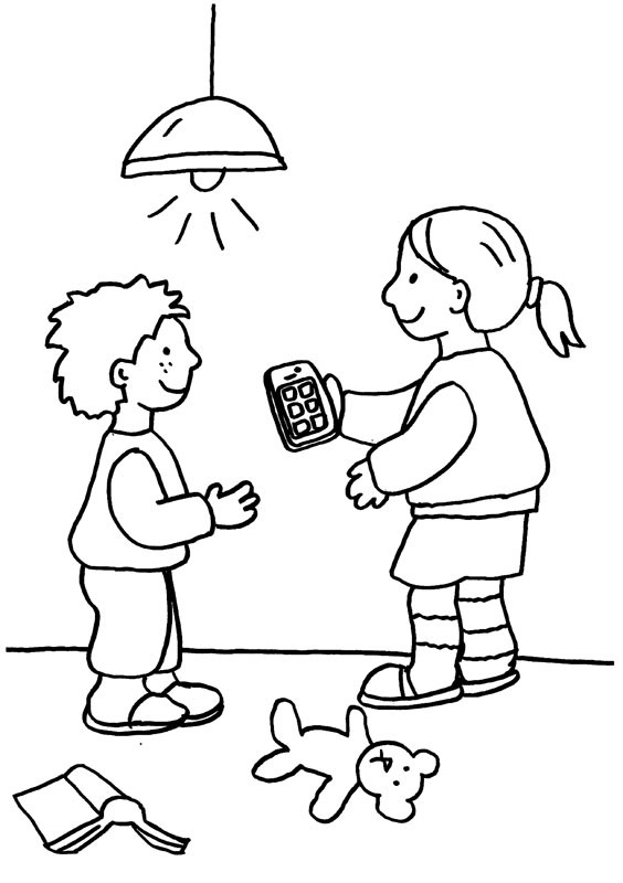 Niños Pasándose El Teléfono Dibujo Para Colorear E Imprimir