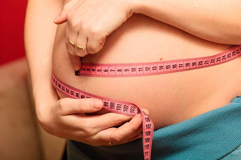 pinchazos bajo vientre embarazo 14 semanas