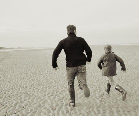 Una tarde con papá. Tarjeta virtual para los niños