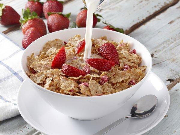 Receta de cereales con fresas para niños