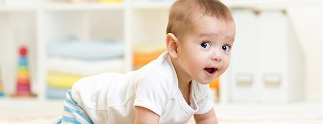 ¿Qué juegos divierten al bebé?