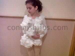 Disfraz de nube. Manualidades de Carnaval para niños
