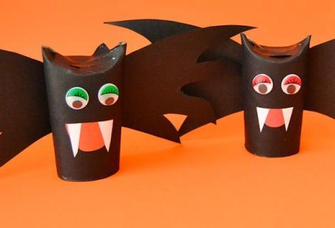 Vídeo de manualidades de Halloween. Vampiro cartulino
