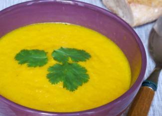 Sopa de zanahoria, miel y jengibre