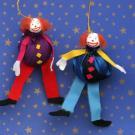 Marionetas de payasos acróbatas: manualidad para niños
