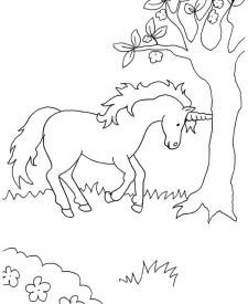 Unicornio Bajo El árbol Dibujo Para Colorear E Imprimir