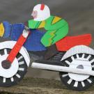 Motociclista: manualidad para niños