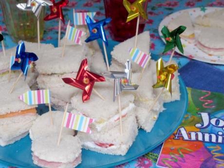 Mini sándwiches especial cumpleaños: recetas para niños