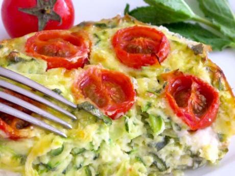 Pastel de calabacín y queso feta: receta fácil paso a paso