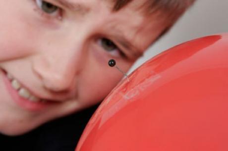 El globo que no explota: experimento para niños