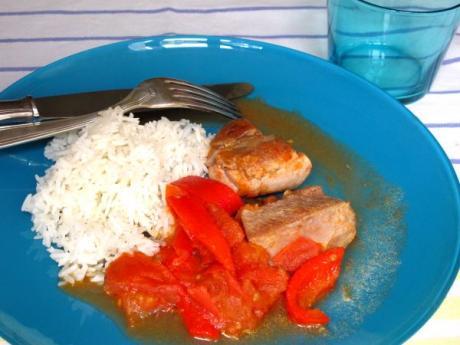 Receta de pavo salteado con tomate