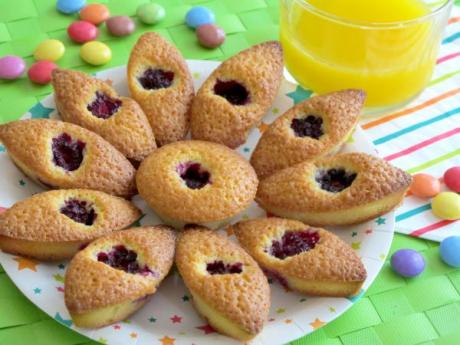 Receta de pastelitos rellenos de moras y limón