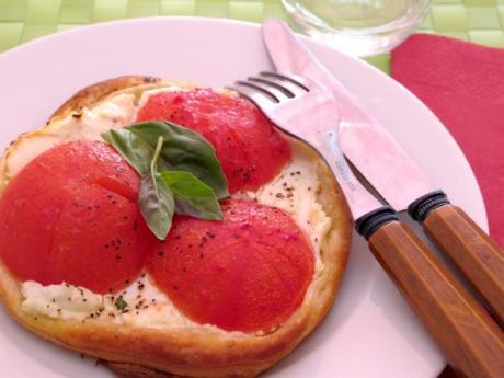 Receta de tartaletas de tomates con queso de cabra