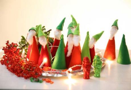 Adornos de Navidad con duendes: manualidad para niños