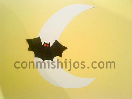 Luna de Halloween. Manualidades para niños