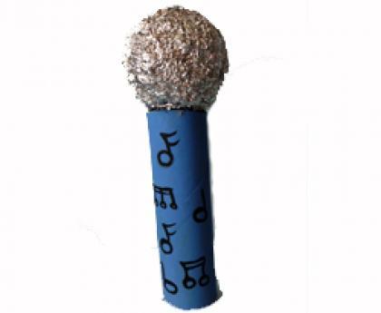 Micrófono. Manualidades infantiles para jugar