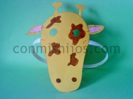 Careta de jirafa. Manualidad de disfraz para niños