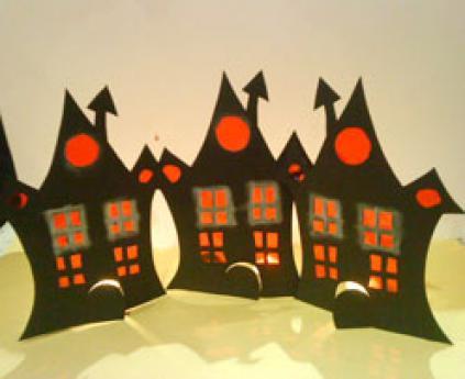 Casa de Halloween. Manualidades para niños