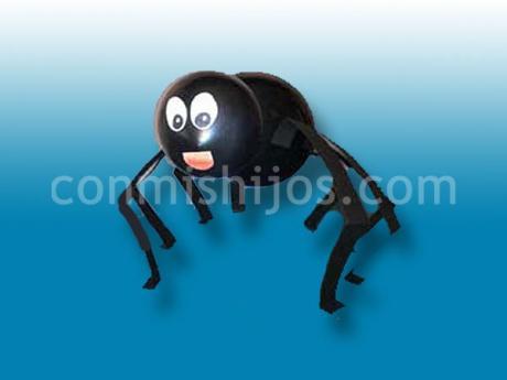Araña de globos. Manualidades de Halloween para niños
