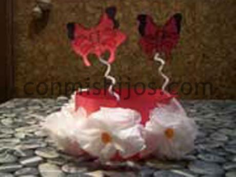 Corona de mariposas. Manualidad de Carnaval para hacer con niños