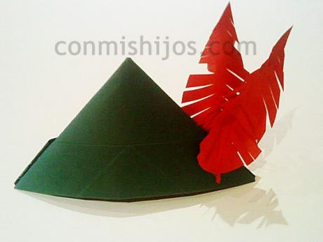 Sombrero de Robin Hood. Manualidades de disfraces para niños