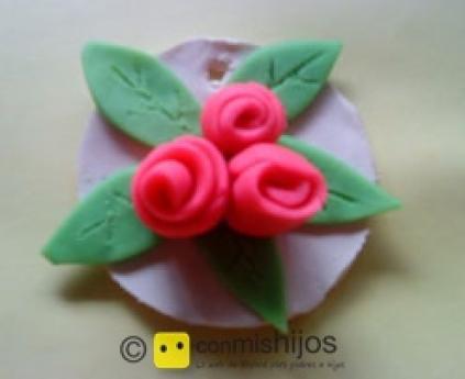 Roses medallion