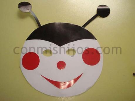 Máscara de mariquita. Manualidad de Carnaval para niños